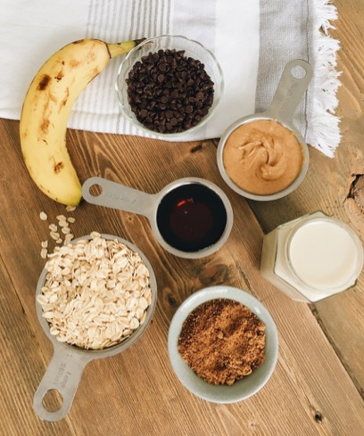Banana Chocolate Oatmeal Cup Ingredients